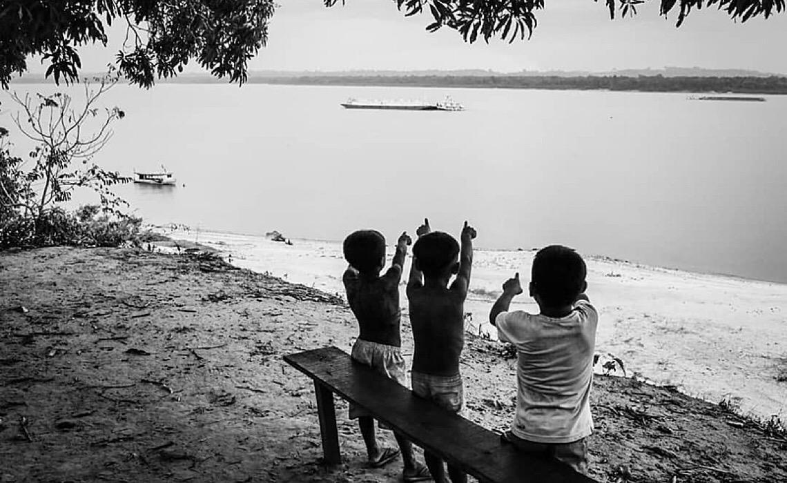 Crianças indígenas tiveram o dobro de risco de morte por covid no Brasil, diz estudo