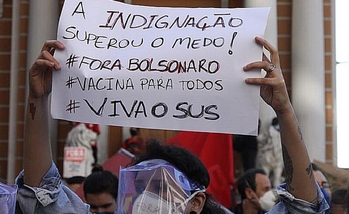 Brasil da pandemia tem meio milhão de mortes e futuro com expectativa de piora