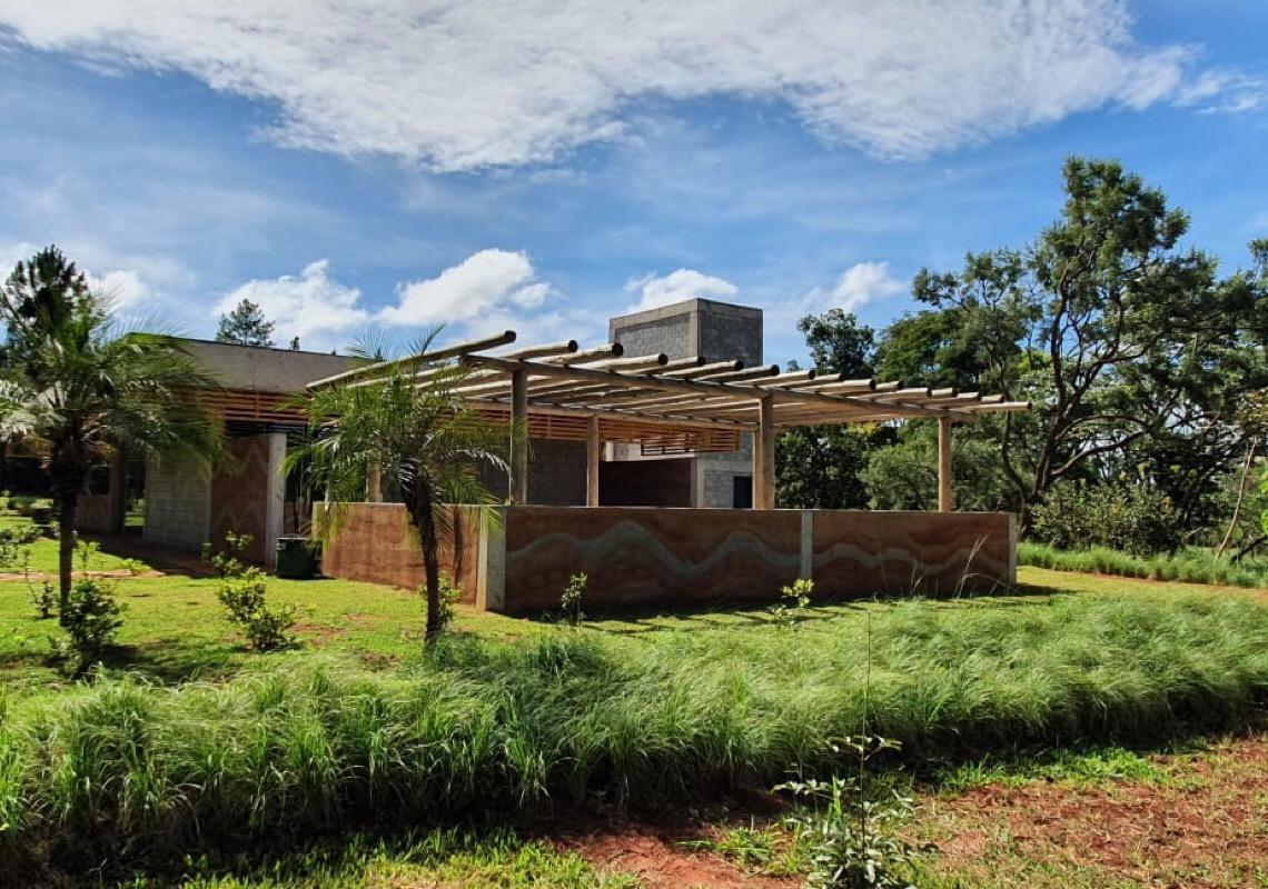 Jardim Botânico de Brasília tem novo restaurante, praça de alimentação e loja