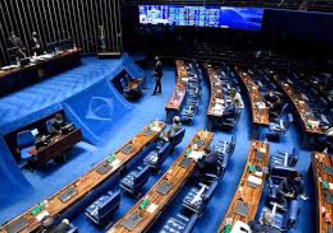 Governo Federal segura emendas e gera disputa no Senado