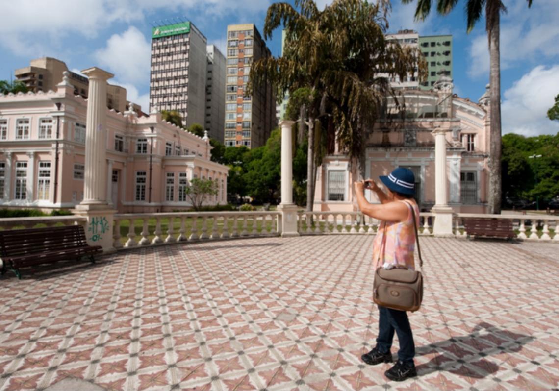 Mais de dois terços dos brasileiros planejam viajar em breve, aponta pesquisa