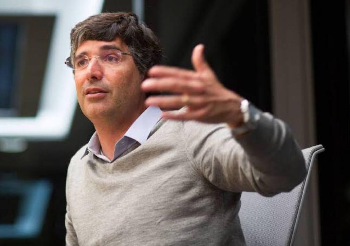 André Esteves é uma mão do mercado munipulando os poderes da República